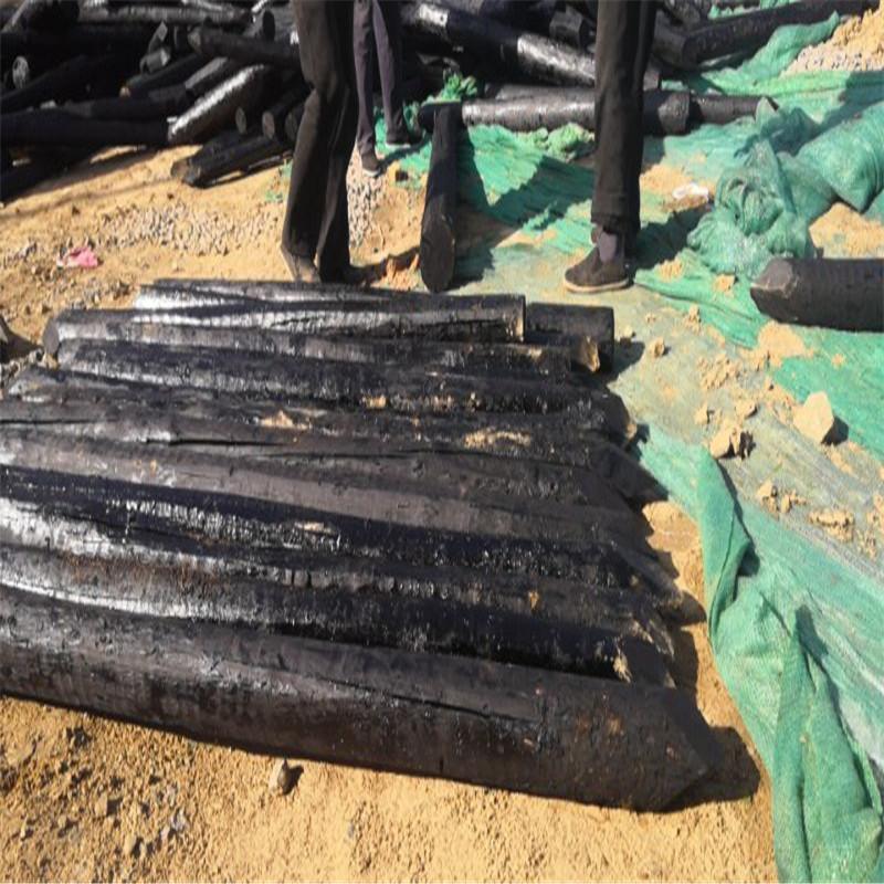 定做油木杆油木桩2米3米4米防腐木桩木电线杆